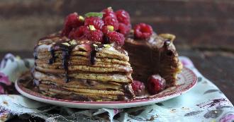 Receta: pastel de crepes con chocolate negro