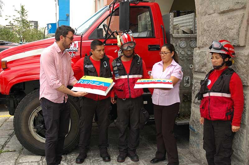 Sweets-Bomberos-Quito-06
