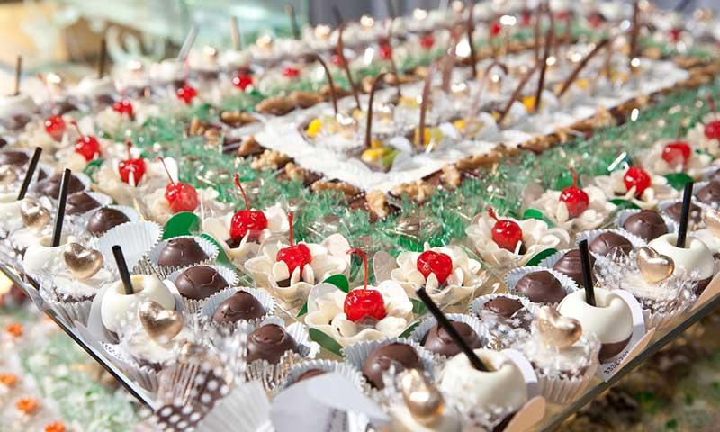 Las mejores mesas de dulces para bodas de quito sweets for Mesa de dulces para boda
