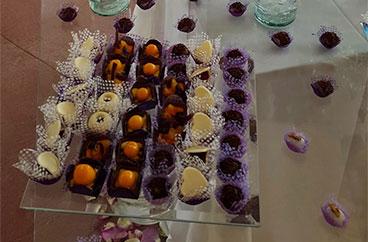 Por la compra de un pastel de boda, 15% de descuento en nuestros dulces