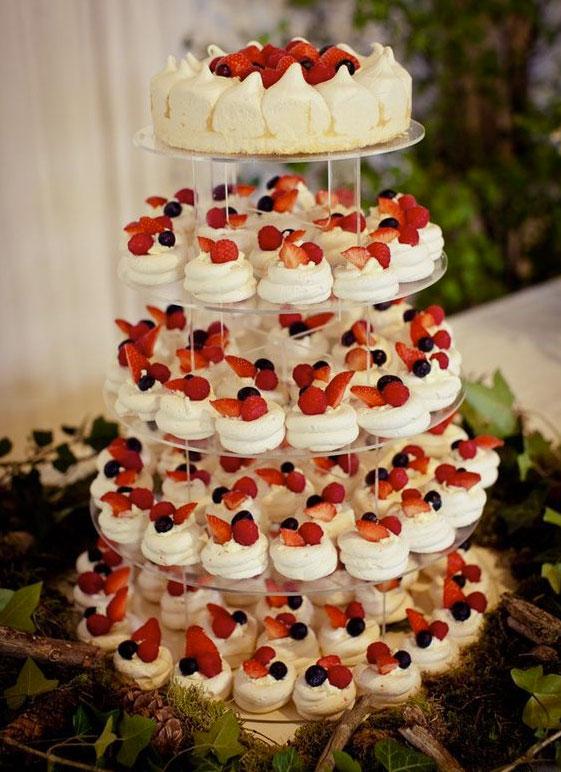 un ejemplo mas de pastel de boda en Quito