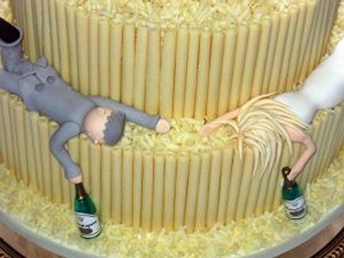 pastel bodas insólito pareja borrachos quito
